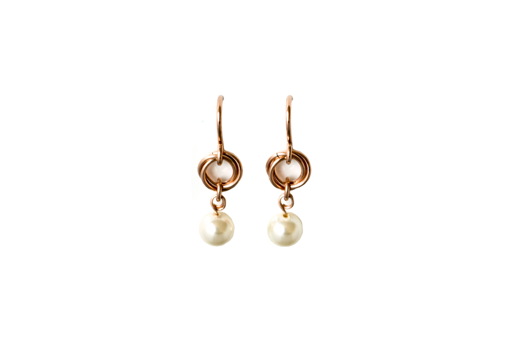 Cream-Pearl-Rose-Gold-Filled-Link-&-Chain-Chainmaille-Drop-Earrings-Hui-Designs