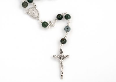 barrel-rosary-chainmaille-2-Hui-Designs
